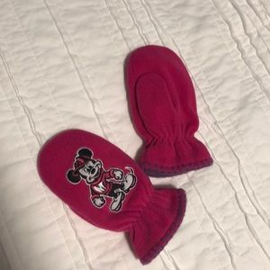 Mickey Mouse little girls mittens